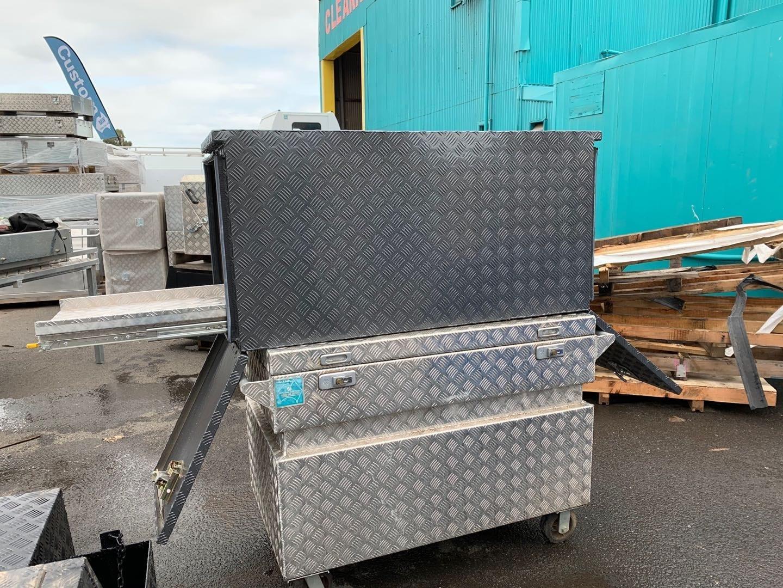 (COFS 56) MW Caravan Box with slide (Charcoal)-2