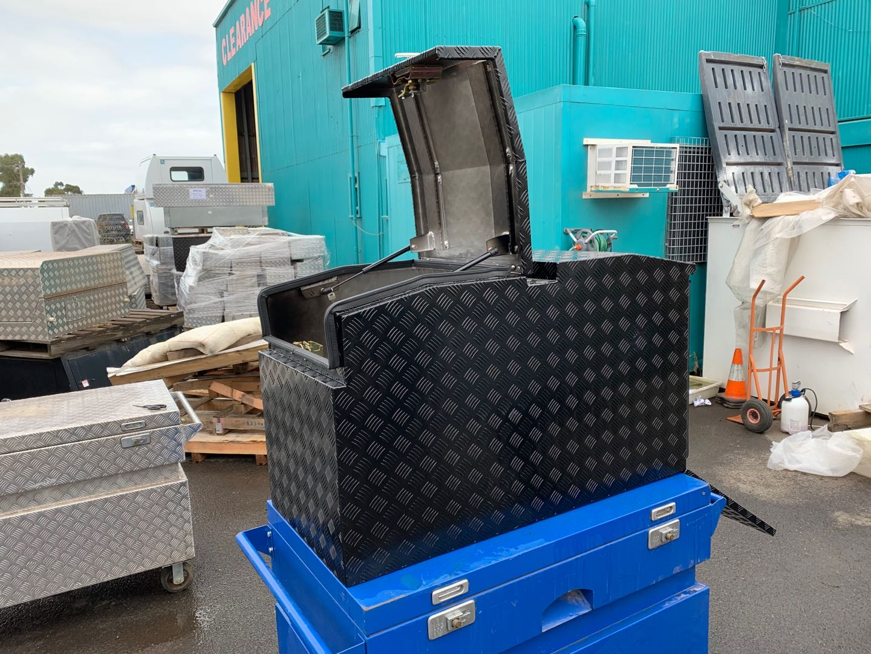 (COFS 57) MW Trailer box with slide (Black)-2