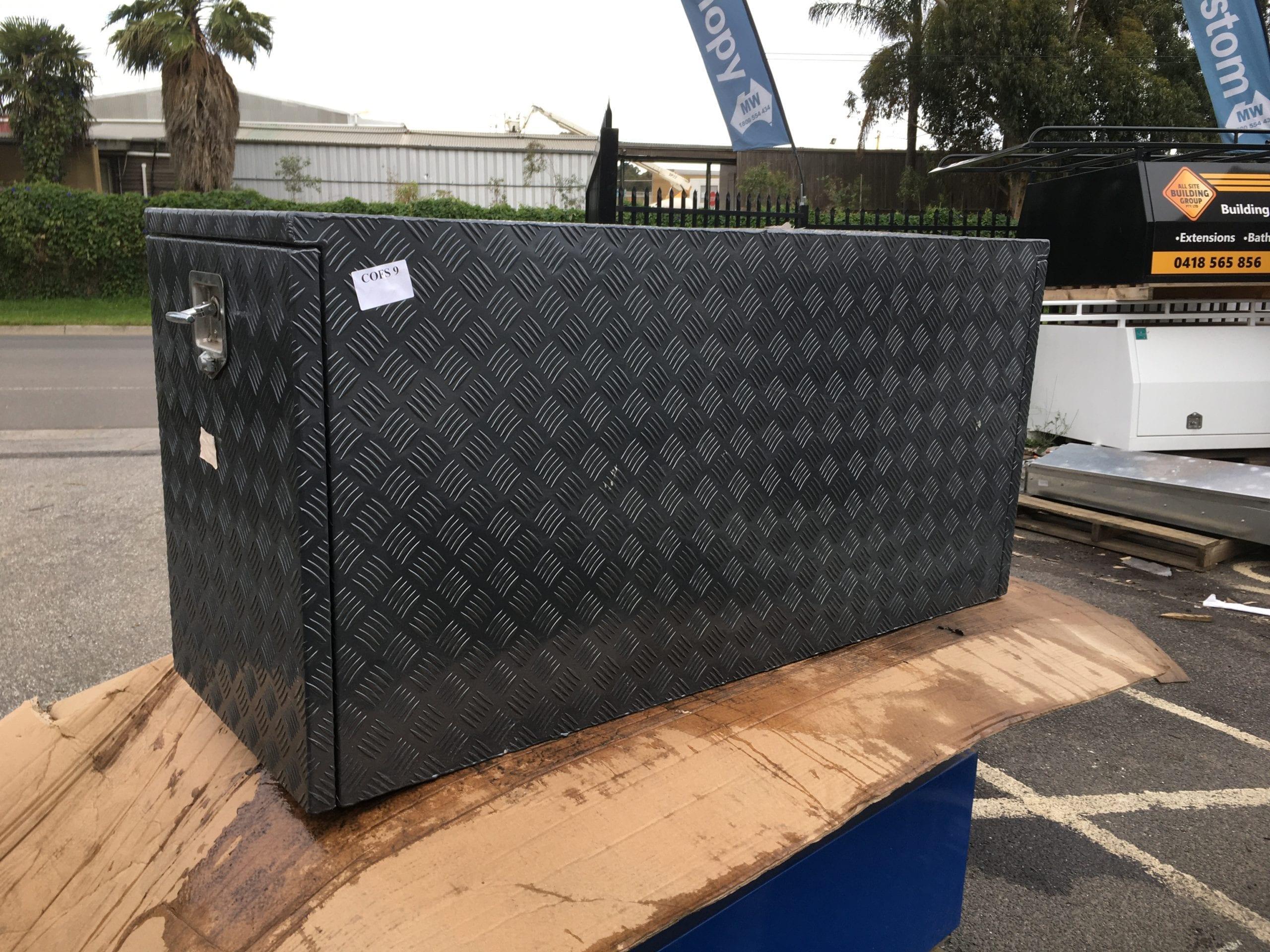 (COFS 9) MW Caravan Box Black Coating-2